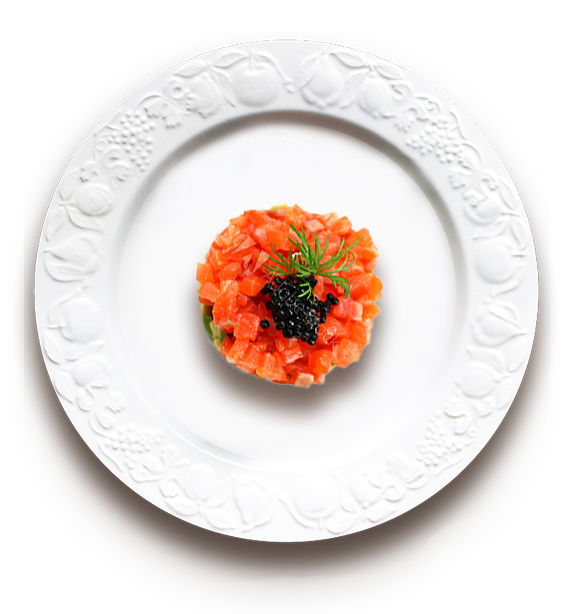 Saum-Mom Salmon Tartare in white plate